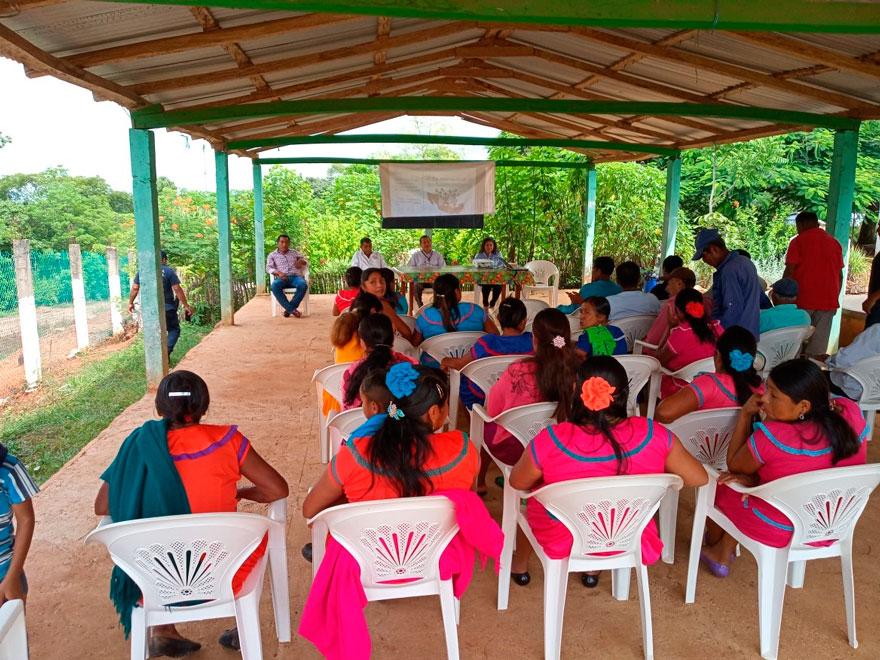 En Conmemoración del Día Internacional de los Pueblos Indígenas, la Fiscalía Coordinadora Especializada en Asuntos Indígenas y Derechos Humanos, a cargo de la Mtra. Dulce maría Silva de la Miyar y por medio de sus Fiscalías Itinerantes en Huayacocotla, Tantoyuca, Chicontepec, Papantla, Zongolica, Zongolica ll, Orizaba, Hueyapan de Ocampo y de Uxpanapa, realizaron distintas actividades en pueblos y comunidades indígenas de Veracruz.