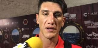 """El mediocampista argentino de los Tiburones Rojos de Veracruz, Gabriel Peñalba se dijo """"asombrado"""" por como se usa y aplica el sistema de tecnología VAR en Liga MX, en donde a su consideración en el juego ante San Luis, afectó al cuadro rojiazul."""