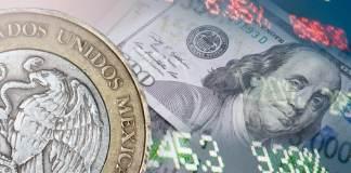 Al inicio de las operaciones cambiarias, el dólar libre abre en un precio máximo de 20.23 pesos, lo que representó un aumento de 11 centavos respecto al cierre de ayer, y se compra en un precio mínimo de 18.75 pesos en ventanillas de bancos de la capital.