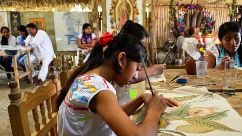La directora de Recursos Humanos de la Secretaría de Educación de Veracruz (SEV), Lilian Cuevas Franco informó que entre 3 y 4 docentes de cada 100, renuncian a las plazas que se les asigna en zonas rurales de la entidad.