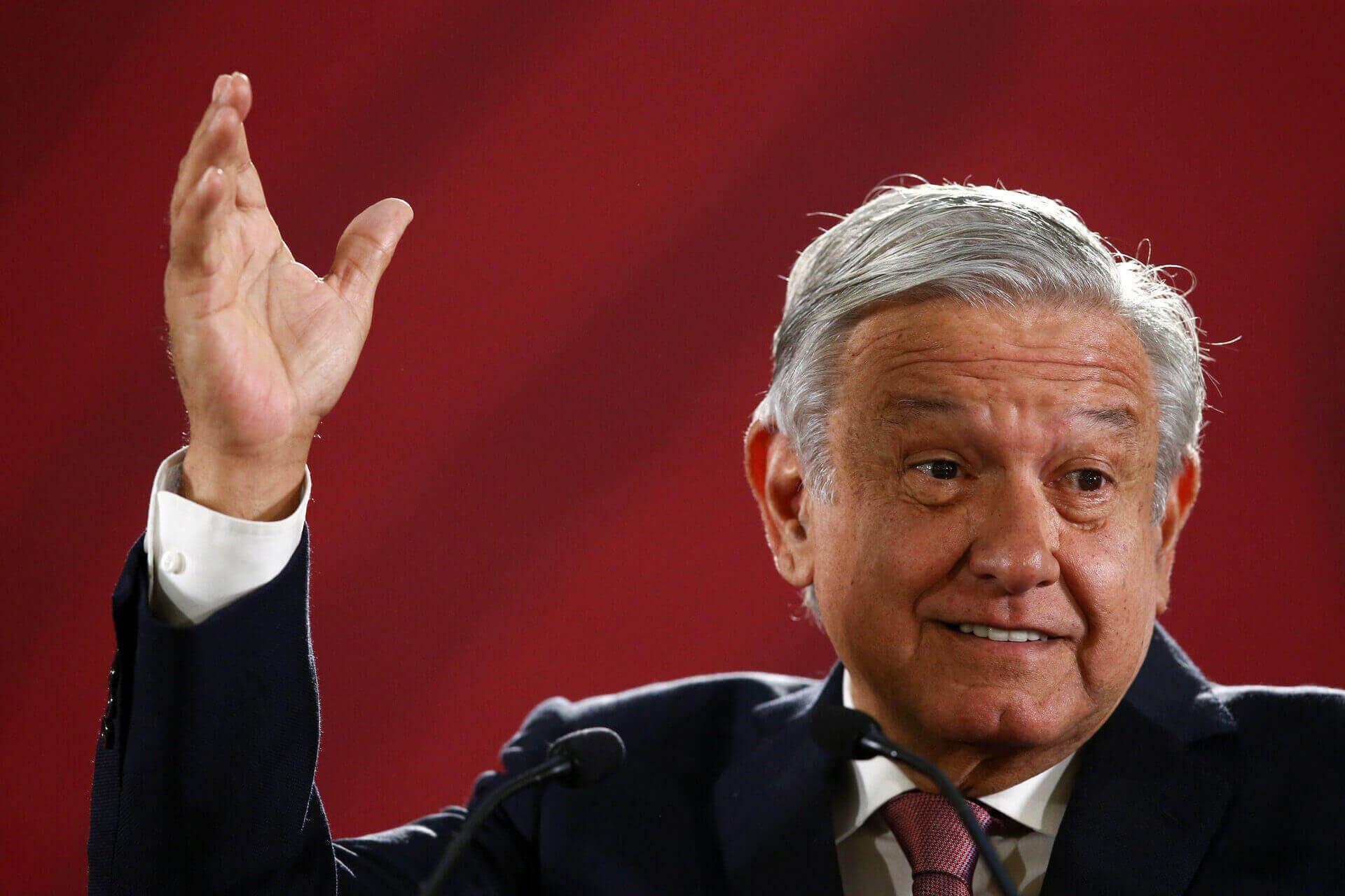 El presidente, Andrés Manuel López Obrador, no descartó que se lleve a cabo una consulta en torno al tema de la legalización de algunas drogas, sobre todo las que son utilizadas con propósitos médicos y curativos.