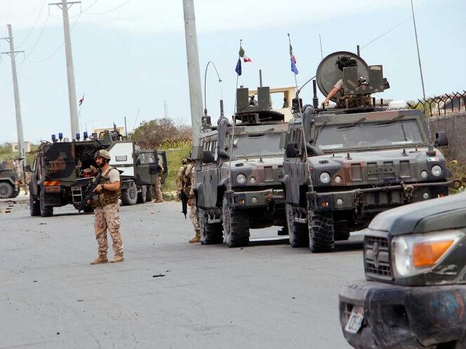 El grupo yihadista somalí Al Shabab lanzó un ataque contra una base del ejército de Estados Unidos a unos 100 km al noroeste de Mogadiscio, y contra un convoy militar de la Unión Europea en la capital.