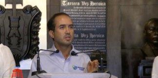 """En conferencia de prensa, el alcalde de Veracruz, Fernando Yunes Marquez calificó como """"golpisa"""", la acción de remover a Jorge Winckler, de la Fiscalía General del Estado."""