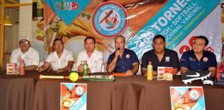 """""""Nos espera un gran espectáculo, del 16 al 20 de octubre"""", indicó el coordinador general del Torneo Revolution Fastpitch Softball Veracruz 2019, Carlos Abascal Ruiz."""