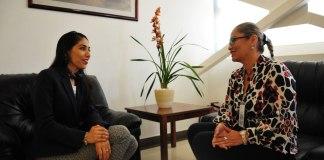 La encargada del Despacho de la Fiscalía General del Estado (FGE), Verónica Hernández Giadáns recibió en su oficina, a la presidenta de la Comisión Estatal de Derechos Humanos (CEDH), Namiko Matzumoto Benítez.