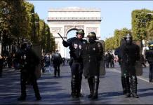 """Este sábado, las fuerzas del orden de Francia detuvieron al menos a 123 manifestantes del movimiento """"chalecos amarillos"""", que protagonizan su 45 semana consecutiva, en contra la política social y fiscal del gobierno del presidente Emmanuel Macron."""