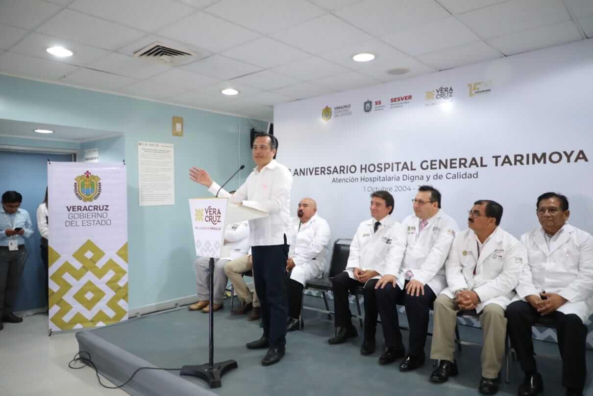 El gobierno estatal tiene el compromiso de garantizar los servicios de salud, destacó el gobernador Cuitláhuac García Jiménez.