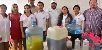 Alumnos del Telebachillerato de la localidad El Castillo, Xalapa, crearon un repelente orgánico contra el mosquito transmisor del dengue.