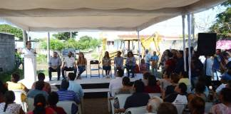 Este jueves, dieron inicio las obras en la calle Chabacano, en el tramo de Naranja a Manzana, de la colonia Los Laureles, en el municipio de Veracruz.