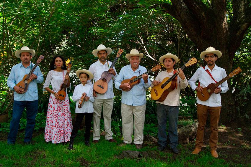 La Secretaría de Turismo y Cultura (SECTUR) confirmó la participación de Zozocolco, Papantla, Coatepec, Xico, Orizaba y Coscomatepec, en el Primer Tianguis de Pueblos Mágicos, a realizarse del 24 al 27 de octubre en Pachuca, Hidalgo.
