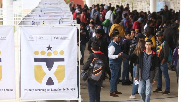 Oferta SEV más de 26 mil vacantes para ingreso a Educación Tecnológica