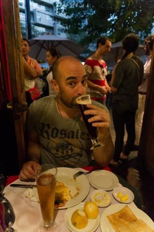Hmmm enjoying a Chilean cold beer Kunstmann Bock.