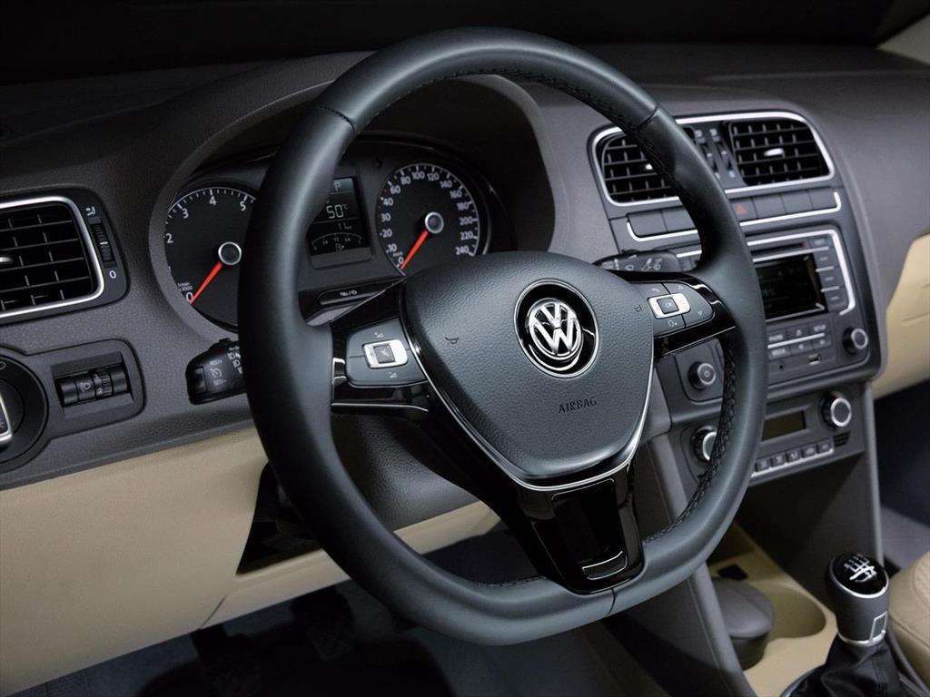 Volkswagen Polo Comfortline Tiptronic 2017