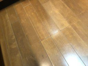 剥離前の床