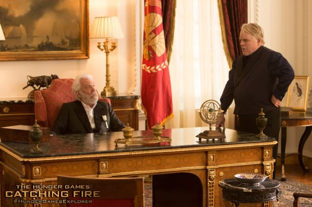 Catching-Fire-Image-Plutarch-Snow