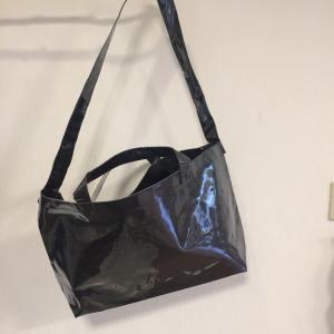 タイベック生地とPVC生地のバッグ