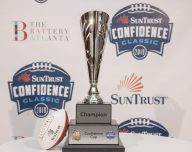 Michael Vic to play in the confidence Classic Celebrity Sweat Flag football game