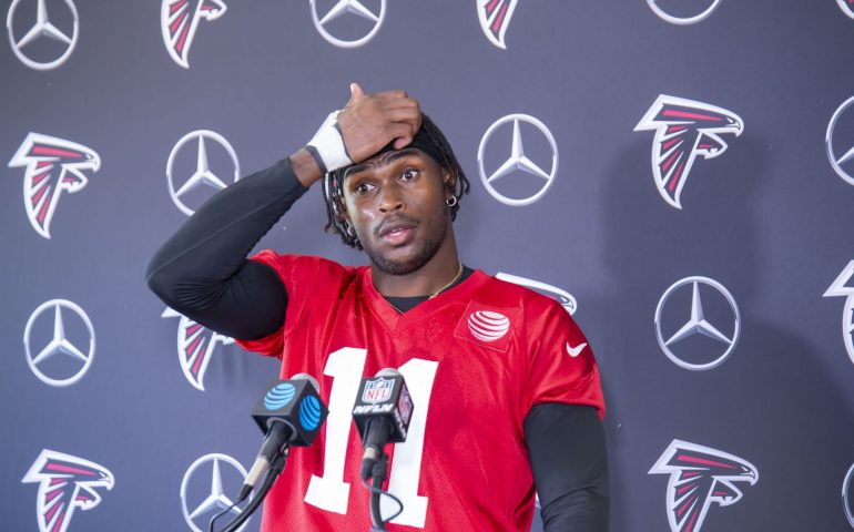 Julio Jones gives a death stare at Training Camp when asked about his contract #NFL, #dirtybirds, #falcons, #inbrotherhood, #atlantafalcons, #ATL