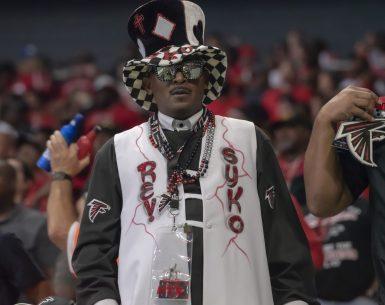 Atlanta Falcon fans are all the way in with their Dirty Birds, #NFL, #dirtybirds, #falcons, #inbrotherhood, #atlantafalcons
