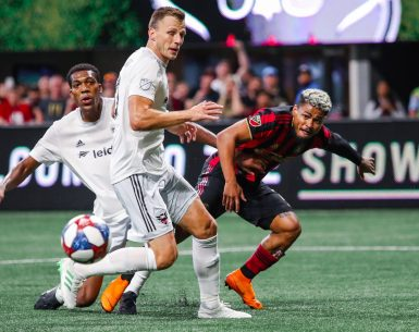 Josef Martinez tries to sneak in for the steal against DC United #atlutd, #unitedandconquer, #MLS, #soccer