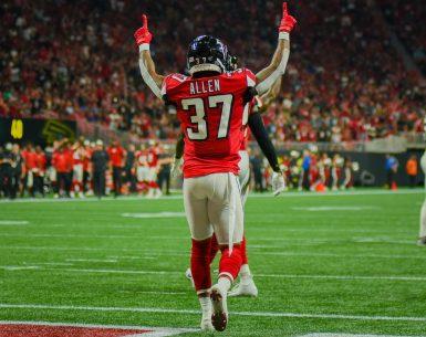 Atlanta Falcons defeated the Philadelphia Eagles in dramatic fashion 24-20 #NFL, #dirtybirds, #falcons, #inbrotherhood, #atlantafalcons, #ATL, #ASN #nfc, #nfcsouth,