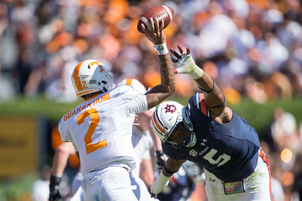 Derrick Brown Defensive Tackle Auburn Tiger put pressure on the Tennessee Quarterbacke