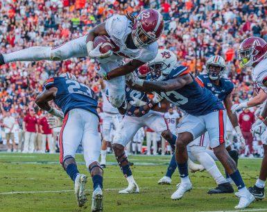 Auburn beats Bama after the kick goes Doink