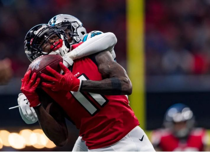 Julio Jones makes a catch during action versus the Carolina Panthers