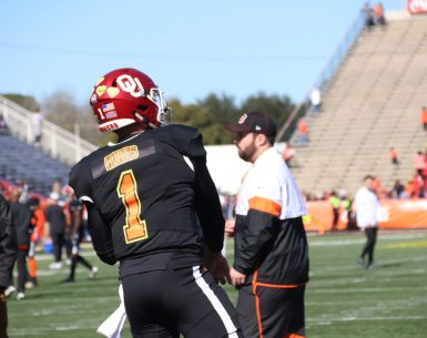 Jalen Hurts at Senior Bowl