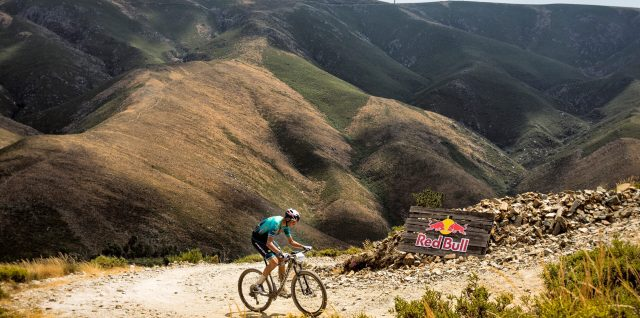 PHOTO ALERT: Ferreira climbs 17,753 metres in 24 hour hill ride