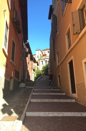 To have a goal is like being at the bottom of this staircase in Verona: you know where you are going!