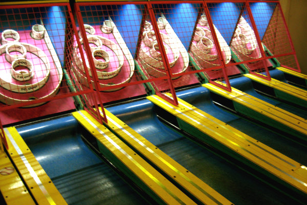 arcades in pittsburgh offer fun games such as skee ball, pinball and duck pin bowling