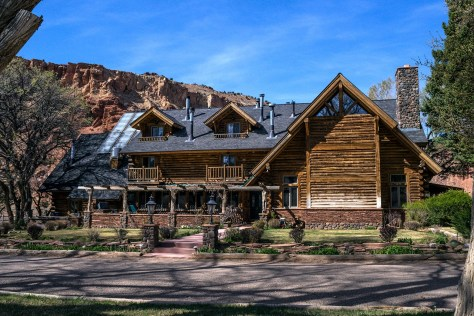 Red River Ranch Lodge, Teasdale, Utah