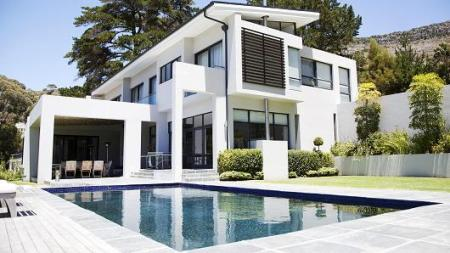 High Demand for Luxury Homes