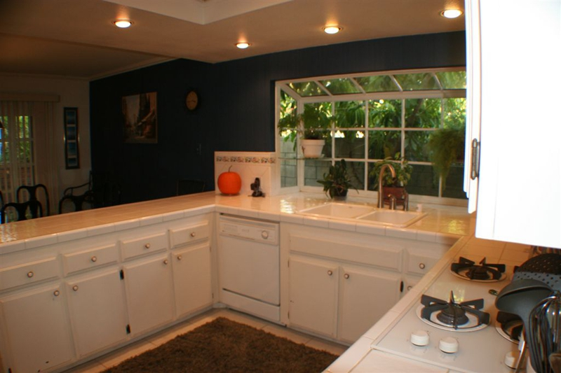 Pro Staged Homes Kitchen Before Staging