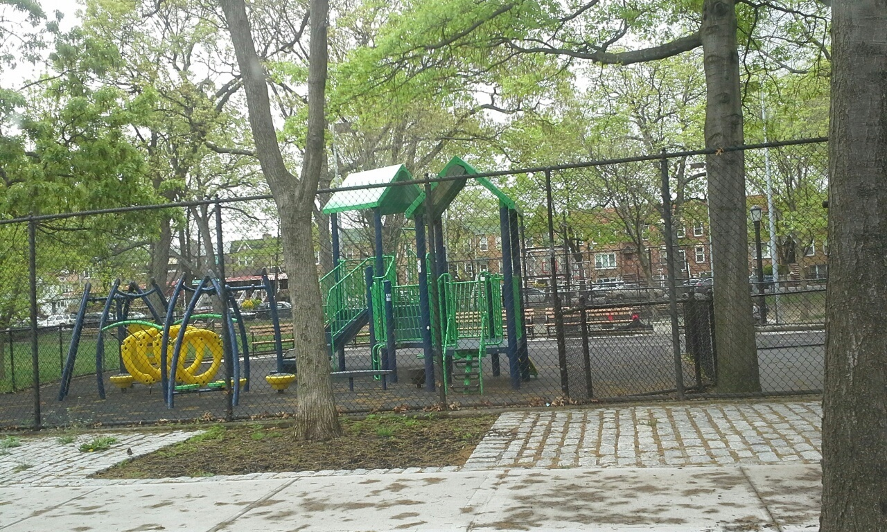 playgound in fort greene Brooklyn
