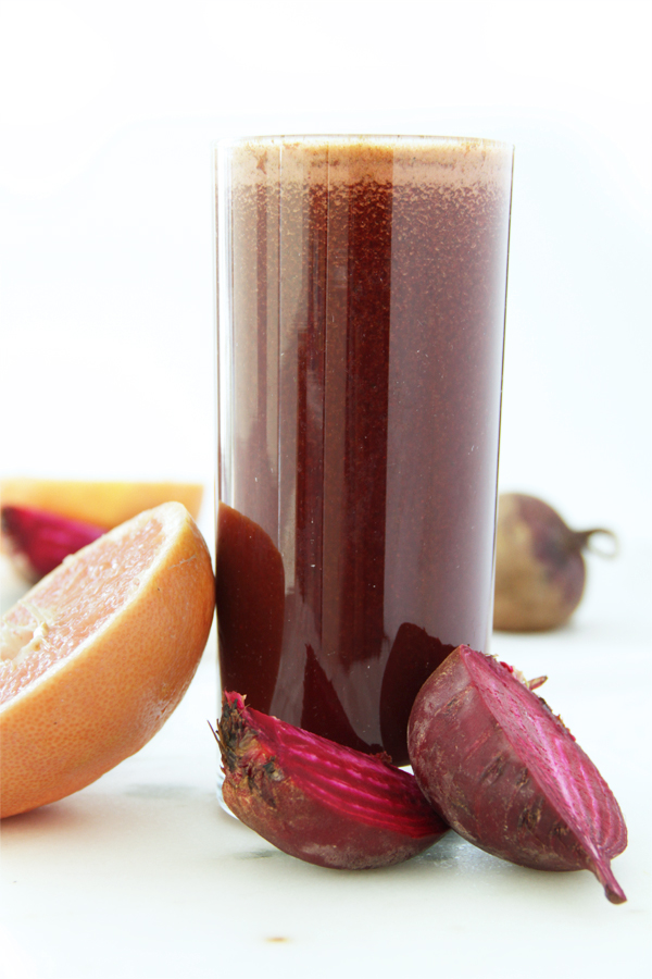 We recommend this best beet juice recipe as a powerful liver cleanser and highly nutritious remedy that hydrates the body while calming inflammation.