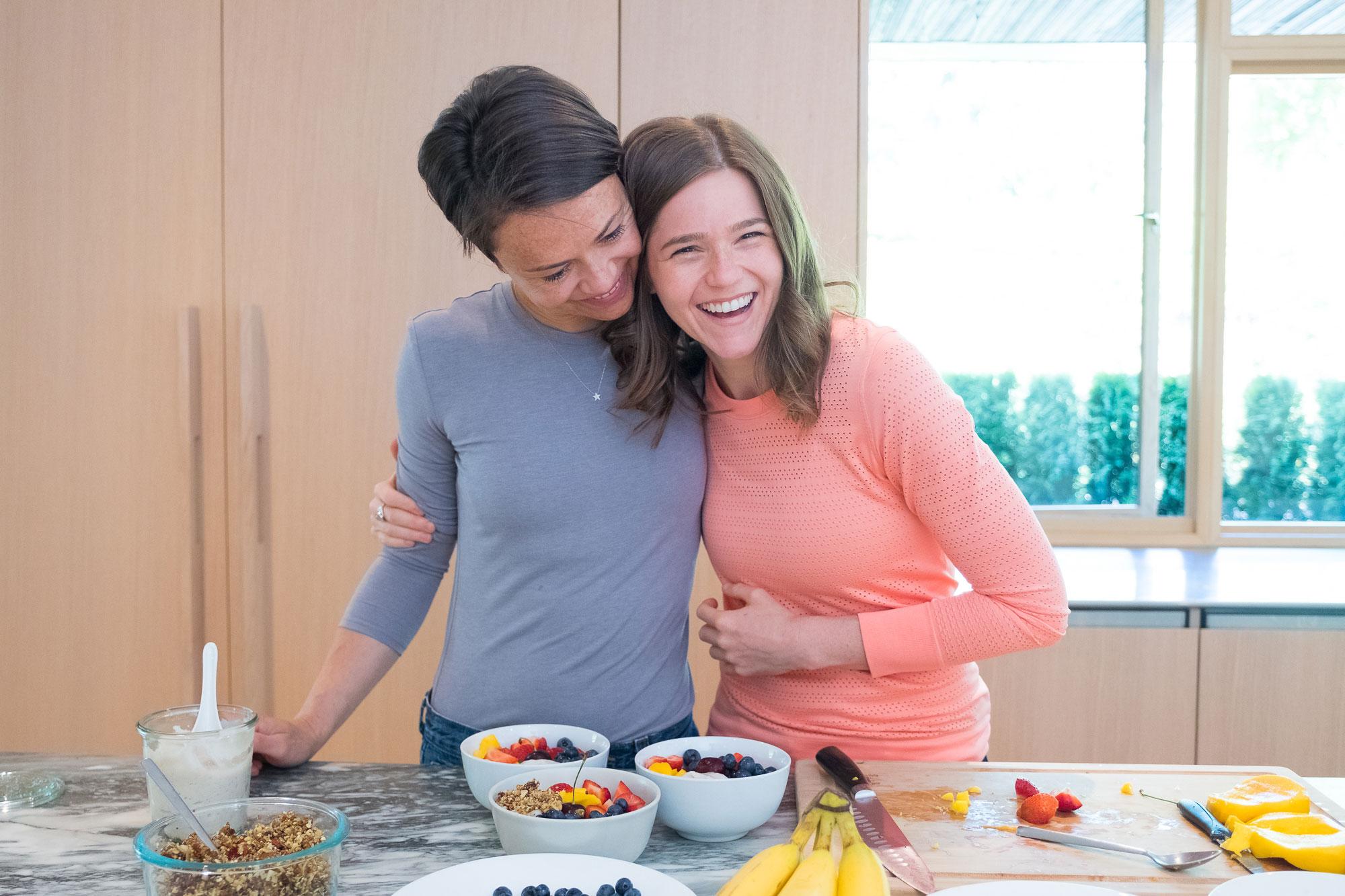 Nikki and Zuzana in kitchen making a plant-based buddha bowl