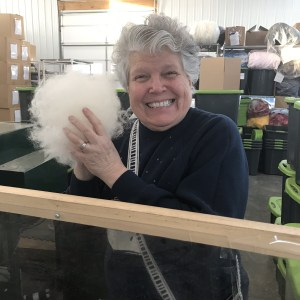 Lizz at Hoof-to-Hanger Fiber Mill