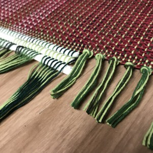 Trimming the handwoven fabric