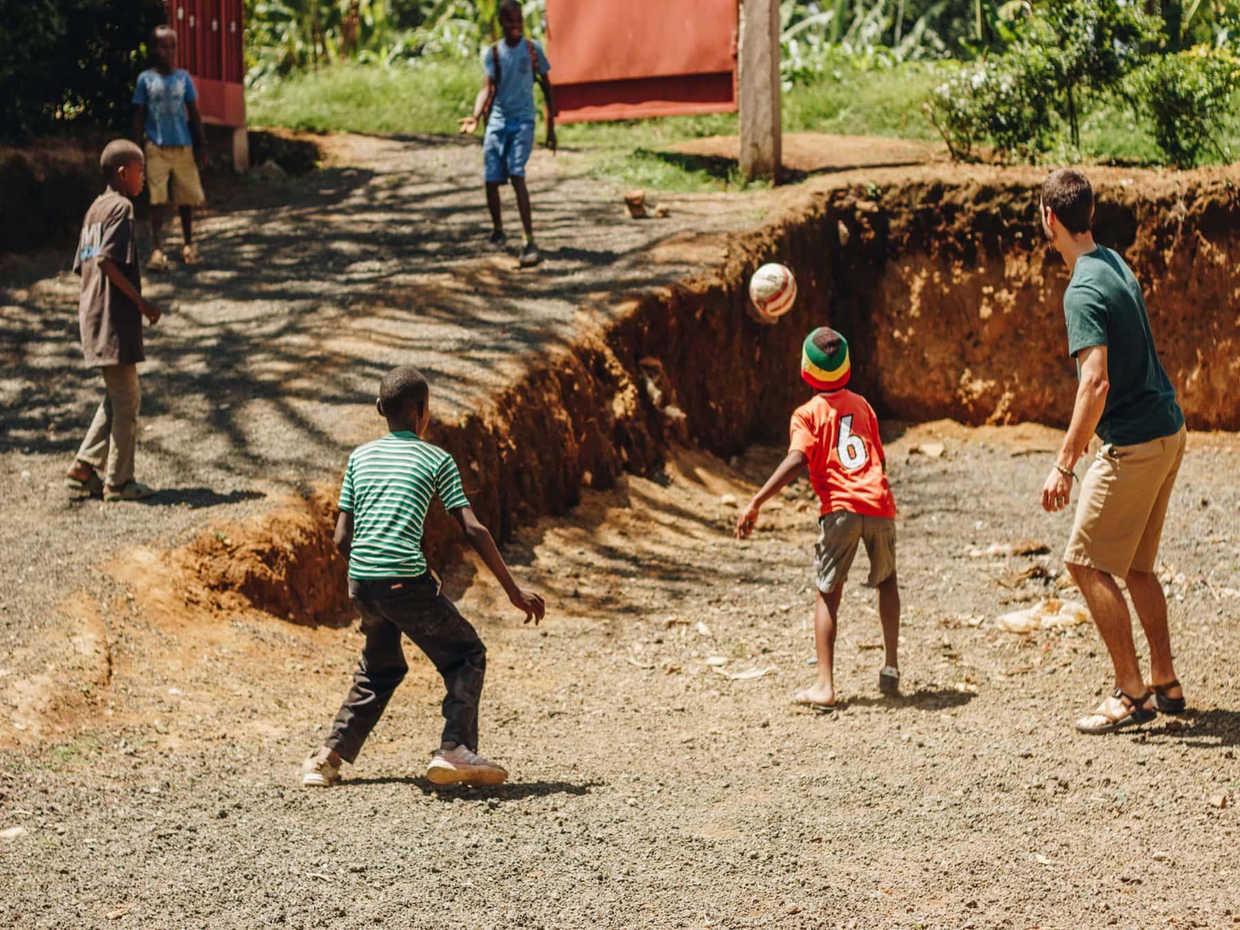 Arusha, Tanzania: Service + Travel Guide