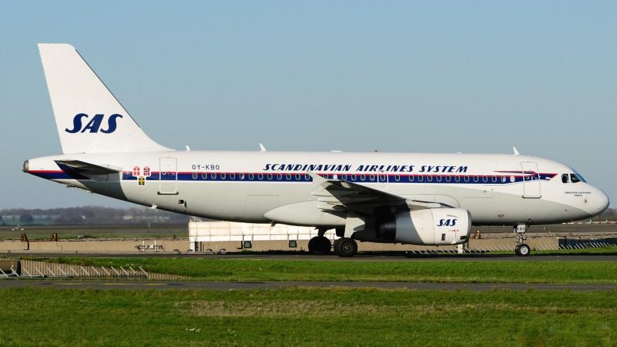 """Airbus A319-132 SAS """"Retro Livery"""" OY-KBO"""