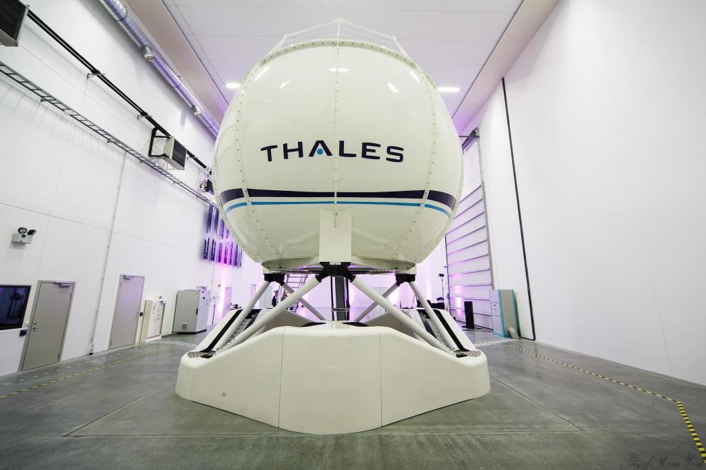 simulateur (FFS) Reality H de Thales