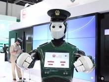 robot humanoide dubai police