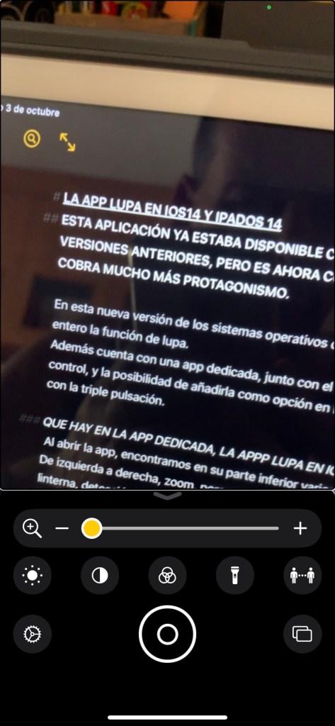 Captura de la app  lupa en un iPhone
