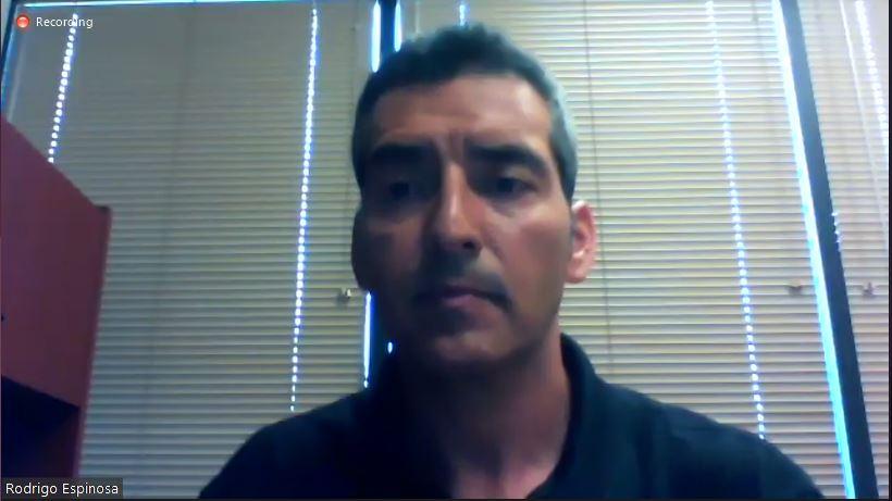 """Dr. Rodrigo Espinosa con el tema """"Problemas de patas en pollos de engorde: causas, diagnóstico y control"""""""