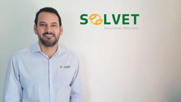 Solvet incorpora al Ing. Víctor Arce como Jefe de Ventas de la Línea de Aves y Cerdos