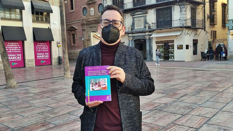 Entrevista a nuestro autor, Francisco Carrero en La Opinión de Málaga