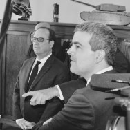 De gauche à droite : M. François Hollande, Président de la République ; M. Frédéric Fogacci, Directeur de la Recherche de la Fondation ; M. Marc Fosseux, Secrétaire Général de la Fondation. © Crédit photo : Fondation Charles de Gaulle