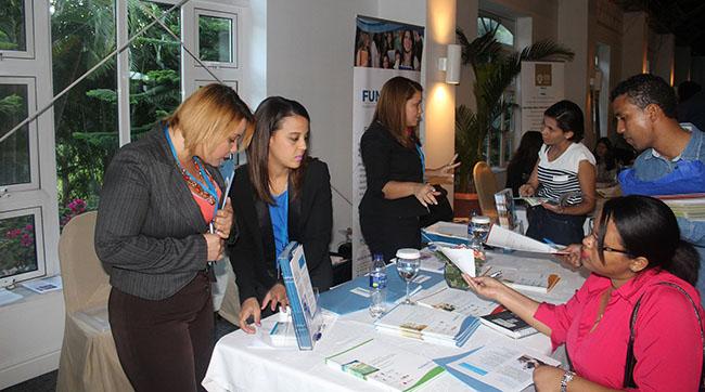 FUNIBER participe à l'Expo formation Capacitando 2016 en République dominicaine